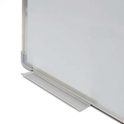 Magnetic White Boards 4x4 feet image 2