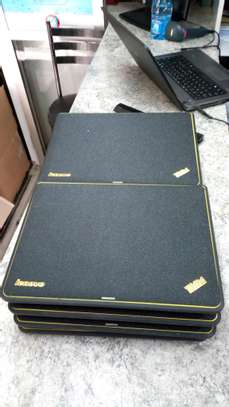 Lenovo Thinkpad x131e Core i3 image 5