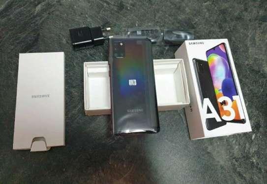 Samsung Galaxy A31 / 128 Gigabytes / Black And Wireless Galaxy Buds image 1