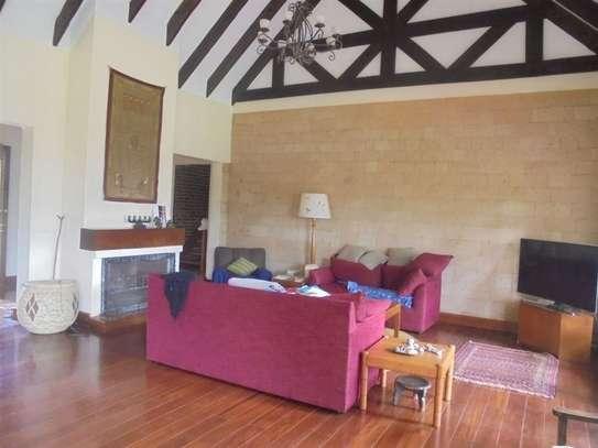 Furnished 3 bedroom villa for rent in Runda image 7