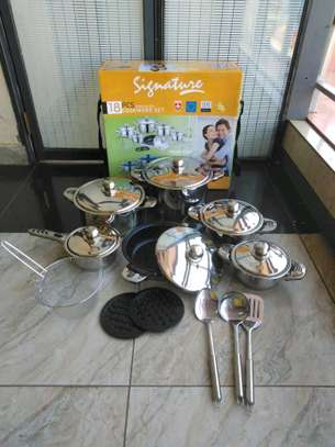 Signature stainless steel cookware image 1
