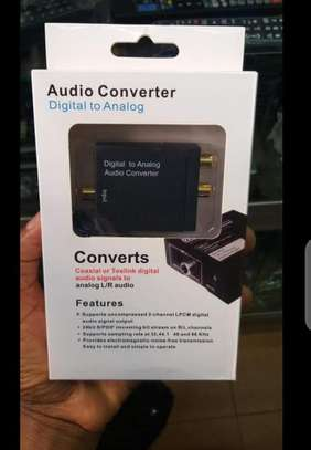 Digital to analog audio converter adapter image 1