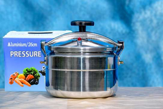 Nonexplosive Pressure Cookers image 2