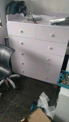 chest drawers image 1