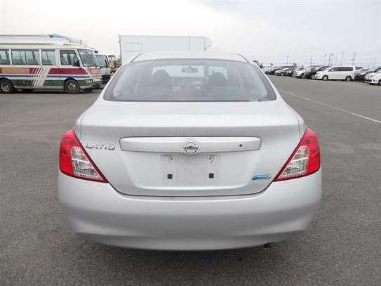 Nissan Tiida image 7