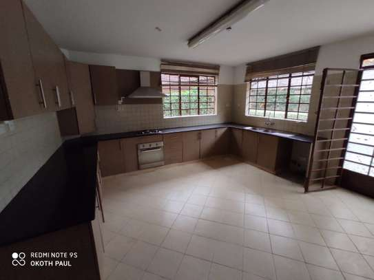 6 bedroom townhouse for rent in Lavington image 4