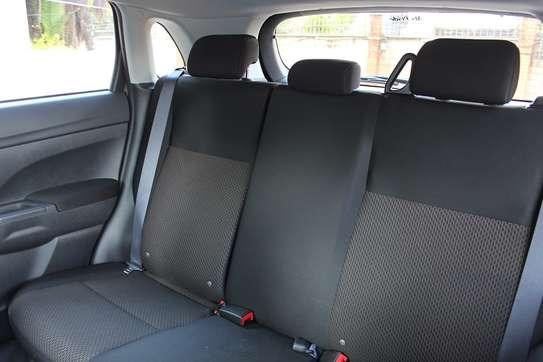 Mitsubishi RVR image 4