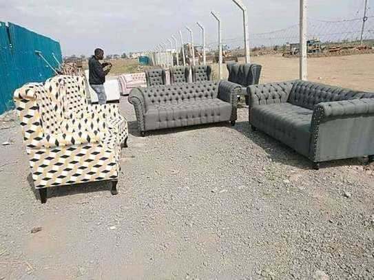 Elegant Timeless Quality 6 Seater Chesterfield Sofa + Pair of Wingback Chairs image 1