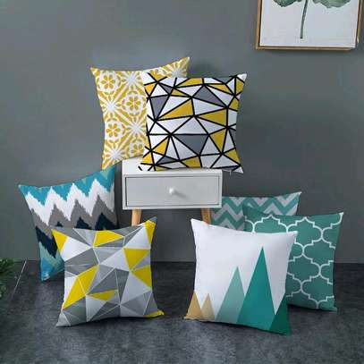 FANCY DECORATIVE THROWPILLOWS image 1