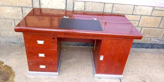 executive desk image 1