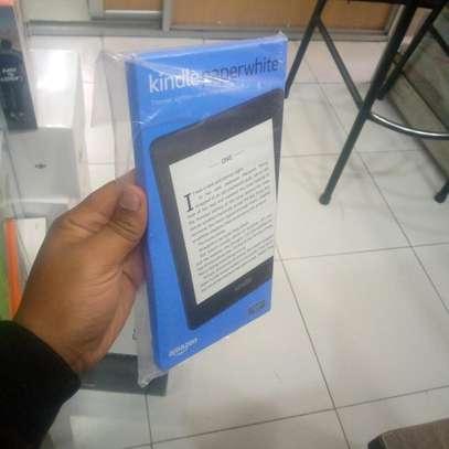 Amazon Kindle paper white 32gb image 2