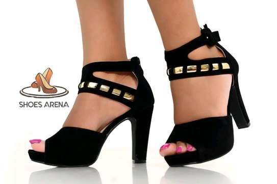 Trendy Heels image 6