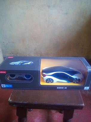 Rastar BMW i8 remote controlled car