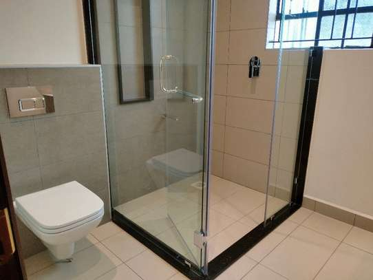 commercial property for rent in Westlands Area image 7