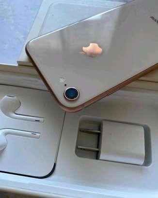 iPhone 8 64gb,128gb image 2