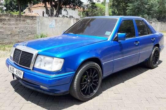 Mercedes-Benz 260 E image 7