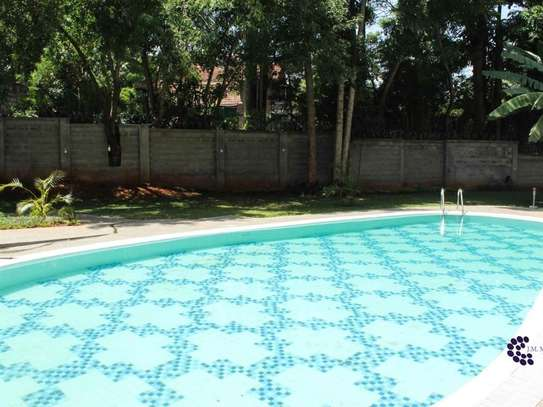 4 bedroom house for rent in Lavington image 3