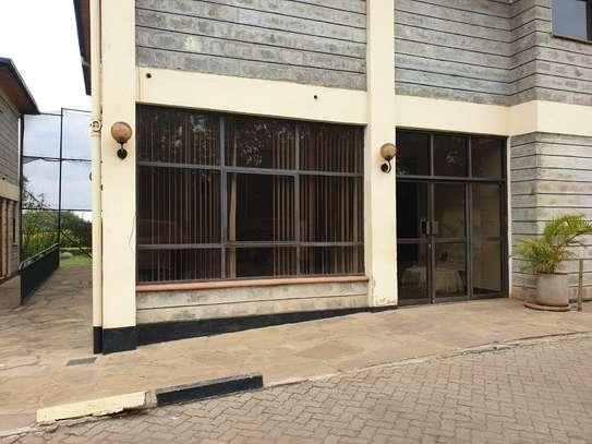 1000 ft² office for rent in Karen image 19
