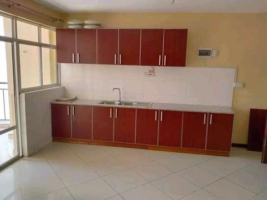 2 bedroom master ensuite apartment in Kilimani image 4