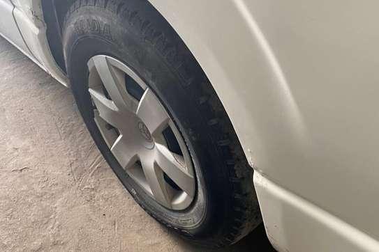 Toyota HiAce image 9