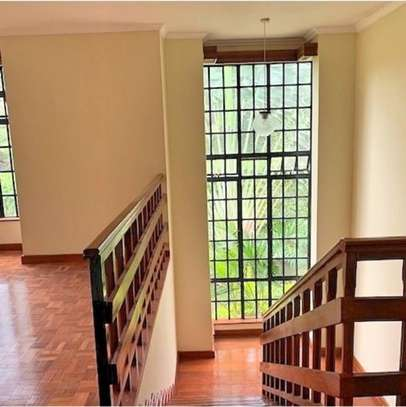 5 bedroom townhouse for rent in Rosslyn image 3