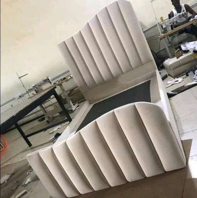MODERN TUFTED BED FOR SALE IN NAIROBI image 1
