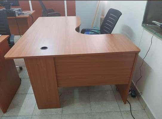 L shape Reception desk image 10