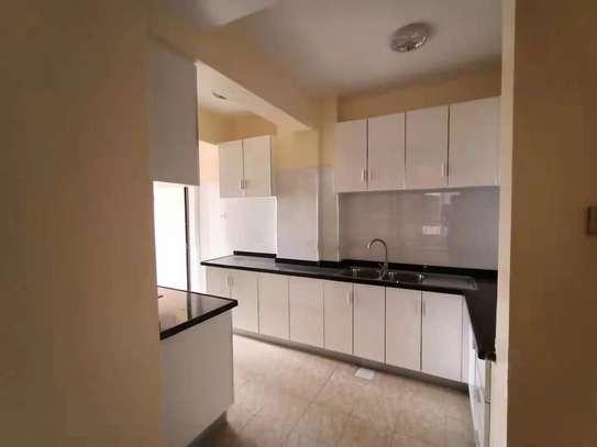 3 bedroom apartment for rent in Kileleshwa image 3