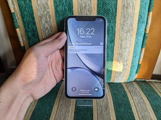 Iphone XR image 1
