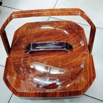 Wooden Finish Hotpot image 2