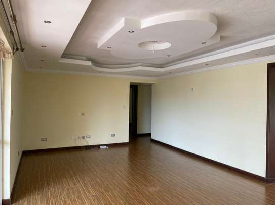 3 bedroom apartment for rent in Brookside image 3