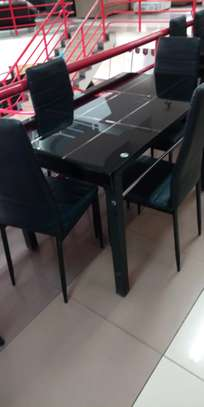 Checked 4 occupants dining table image 1