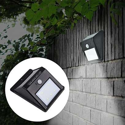 LED Solar Power PIR Motion Sensor Wall Light Outdoor Waterproof Garden Lamp,get one LED bulb 3W-white image 4
