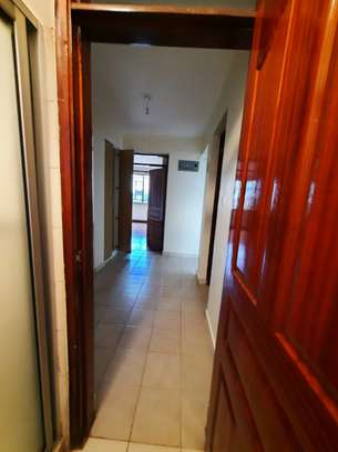 3 bedroom apartment for rent in Loresho image 7