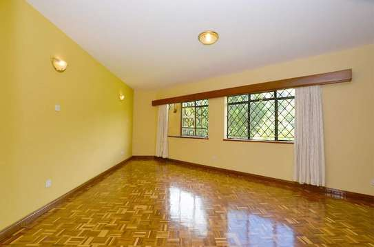 2 bedroom house for rent in Rosslyn image 3