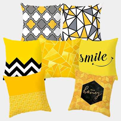 DESIGNER SUPER QUALITY THROWPILLOWS image 3