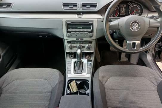 Volkswagen Passat 1.4 TSI BlueMotion Estate image 4