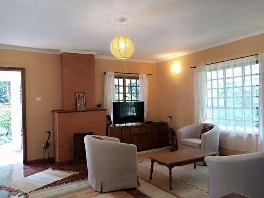 1 bedroom house for rent in Karen image 13
