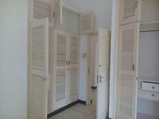 4br Maisonette for rent in Nyali . HR14-2303 image 9