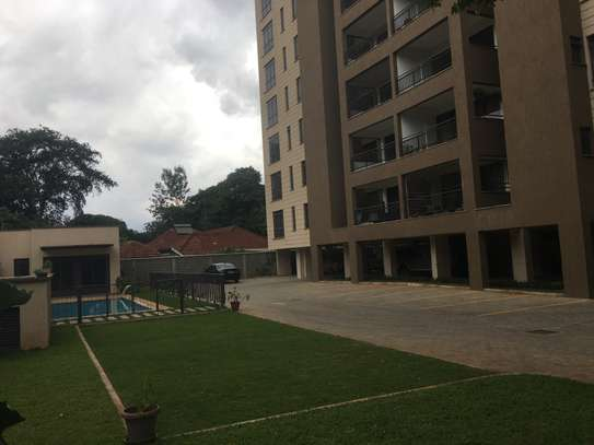 Brand new 4bedrooms apartment for rent