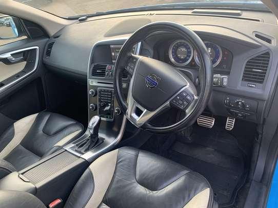 Volvo XC60 image 11