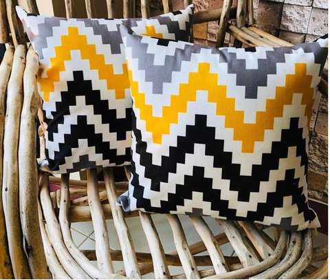 THROW PILLOWS BLACK AND YELLOW ZIGZAG PRINTS image 1