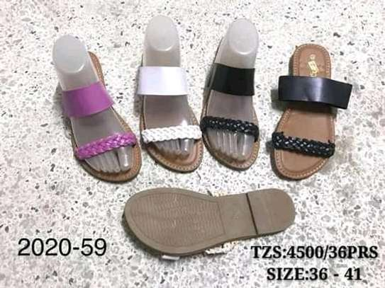 Sandals/slide image 6