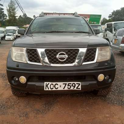 Nissan Navara 2.5 Automatic image 7