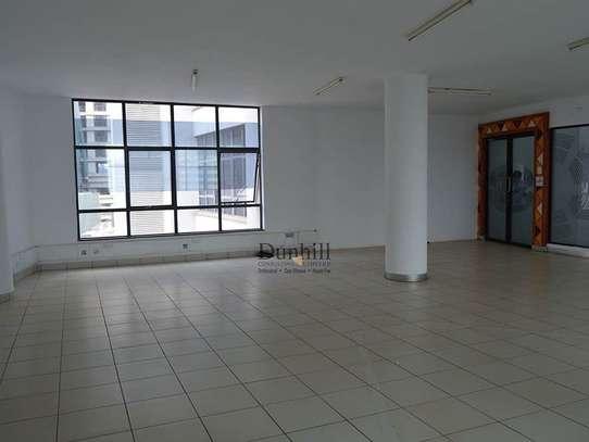 1225 ft² office for rent in Parklands image 5