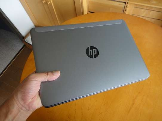 Hp i5 8the gen image 1
