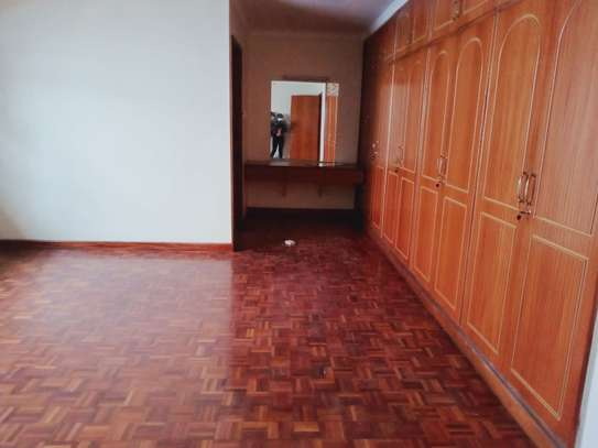 4 bedroom townhouse for rent in Brookside image 11