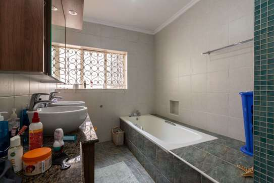 4 bedroom house for rent in Lower Kabete image 11
