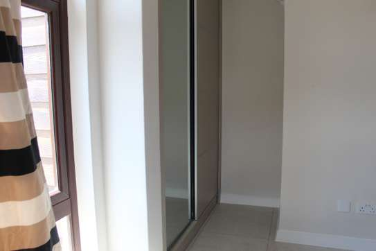 4 bedroom townhouse for sale in Langata Area image 6