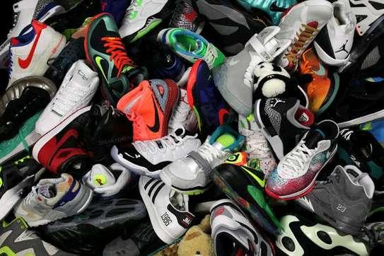 Nochill Sneaker Store image 1
